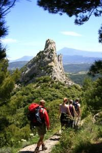 Wanderung entlang der Spitzen der Grand Montmirail. Foto ©: cleevesmedia. Zum Vergrößern bitte auf das Bild klicken